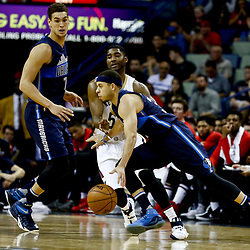 Dec 26, 2016; New Orleans, LA, USA;  Dallas Mavericks guard Seth Curry (30) drives past New Orleans Pelicans guard E'Twaun Moore (55) during the second half of a game at the Smoothie King Center. The Pelicans defeated the Mavericks 111-104.  Mandatory Credit: Derick E. Hingle-USA TODAY Sports