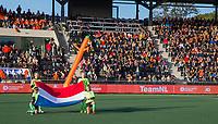 AMSTELVEEN - Volle tribunes tijdens de tweede  Olympische kwalificatiewedstrijd hockey mannen ,  Nederland-Pakistan (6-1). Oranje plaatst zich voor de Olympische Spelen 2020.  COPYRIGHT  KOEN SUYK