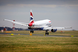 © Licensed to London News Pictures. 06/01/2020. Leeds UK. A British Airways aircraft arriving from London struggles to land in strong winds at Leeds Bradford airport as the Met Office issues a weather warning for the north of the UK. Photo credit: Andrew McCaren/LNP