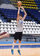 DESCRIZIONE : Qualificazioni EuroBasket 2015 - Allenamento <br /> GIOCATORE : Davide Pascolo<br /> CATEGORIA : nazionale maschile senior A <br /> GARA : Qualificazioni EuroBasket 2015 viaggio - Allenamento<br /> DATA : 11/08/2014 <br /> AUTORE : Agenzia Ciamillo-Castoria