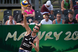 04.07.2013, Lake Szelag, Stare Jablonki, POL, FIVB Beach Volleyball Weltmeisterschaft, im Bild Aufschlag/ Service Ryan Doherty (USA), // during the FIVB Beach Volleyball World Championships at the Lake Szelag, Stare Jablonki, Poland on 2013/07/04. EXPA Pictures © 2013, PhotoCredit: EXPA/ Eibner/ Kurth ***** ATTENTION - OUT OF GER *****