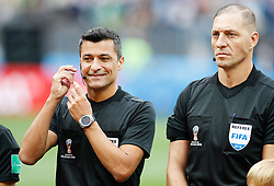 June 14, 2018 - Moscou, Rússia - MOSCOU, MO - 14.06.2018: RUSSIA VS SAUDI ARABIA - The fourth referee, Brazilian Sandro Meira Ricci (left) and Argentine referee Néstor Pitana during the match between Russia and Saudi Arabia valid for the first round of group A of the 2018 World Cup held at Lujniki Stadium in Moscow, Russia. (Credit Image: © Marcelo Machado De Melo/Fotoarena via ZUMA Press)