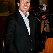 NLD/Amsterdam/20100328 - Veiling voor Engelen van Oranje, directeur SOS kinderdorpen Marcel Beerthuizen