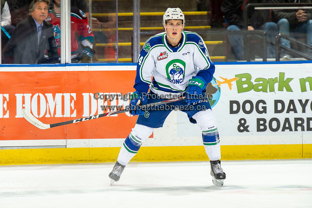KELOWNA, BC - OCTOBER 16:  Ben King #14 of the Swift Current Broncos skates against the Kelowna Rockets at Prospera Place on October 16, 2019 in Kelowna, Canada. (Photo by Marissa Baecker/Shoot the Breeze)