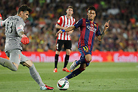 Barcelona´s Neymar Jr and Athletic de Bilbao´s goalkeeper Herrerin during 2014-15 Copa del Rey final match between Barcelona and Athletic de Bilbao at Camp Nou stadium in Barcelona, Spain. May 30, 2015. (ALTERPHOTOS/Victor Blanco)