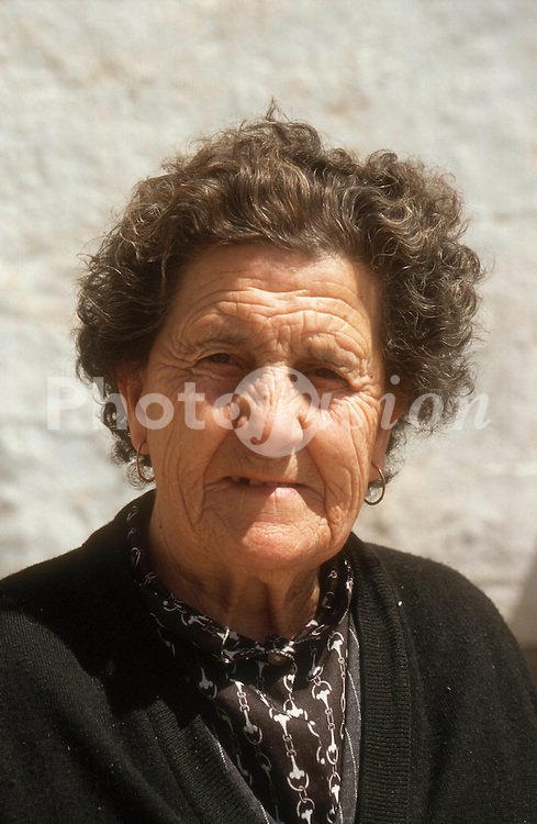 Portrait of elderly woman,