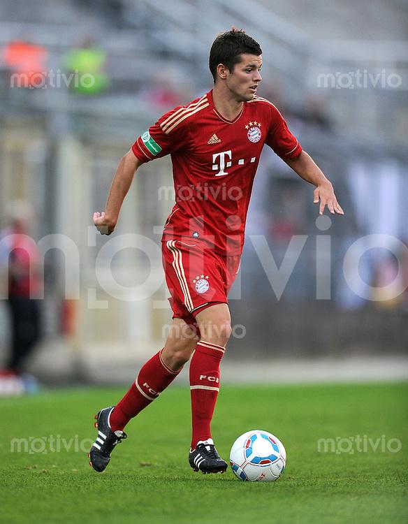 FUSSBALL  Regionalliga Sued     SAISON  2011/2012     12.08.2011 FC Bayern Muenchen II - FC Memmingen Nicolas Juellich (FC Bayern II)