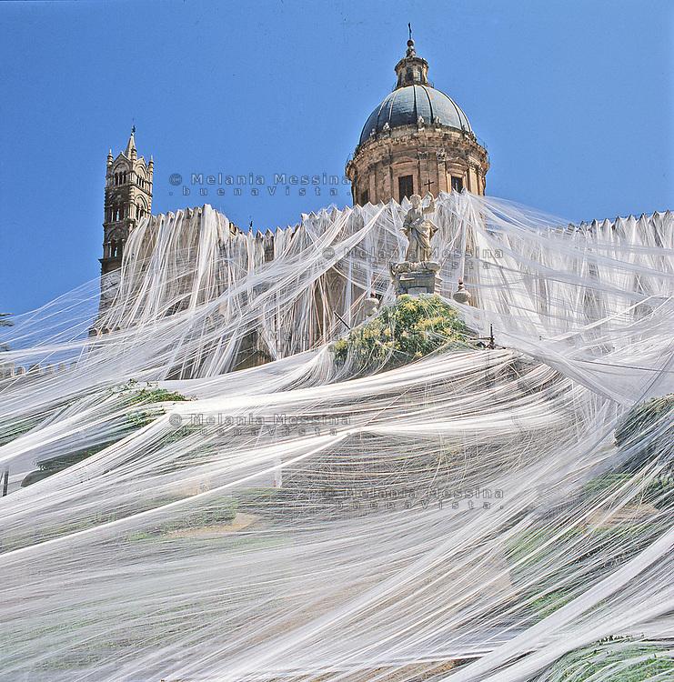 Palermo, feast of Saint Rosalia: the cathedral decorated for the feast. .Palermo, festino di Santa Rosalia: la cattedrale durante il festino