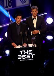 Edwin van der Sar (right) and Chapecoense crash survivor Jackson Follmann present the Best FIFA Goalkeeper Award during the Best FIFA Football Awards 2018 at the Royal Festival Hall, London.