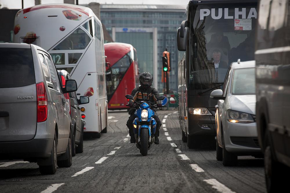 Traffic in London, England Monday, April 4, 2016 . (Elizabeth Dalziel for Greenpeace )