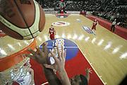 DESCRIZIONE : Roma Lega A1 2008-09 Lottomatica Virtus Roma Benetton Treviso<br /> GIOCATORE : Andre Hutson<br /> SQUADRA : Lottomatica Virtus Roma <br /> EVENTO : Campionato Lega A1 2008-2009<br /> GARA : Lottomatica Virtus Roma Benetton Treviso<br /> DATA : 14/12/2008<br /> CATEGORIA : rimbalzo special<br /> SPORT : Pallacanestro<br /> AUTORE : Agenzia Ciamillo-Castoria/G.Ciamillo