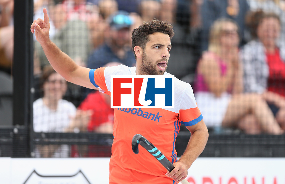 LONDON, ENGLAND - JUNE 25:  Valentin Verga of the Netherlands celebrates scoring their teams first goal  during the final match between Argentina and the Netherlands on day nine of the Hero Hockey World League Semi-Final at Lee Valley Hockey and Tennis Centre on June 25, 2017 in London, England.  (Photo by Alex Morton/Getty Images)