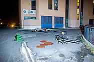 Roma 11 Novembre 2014<br /> Un centinaio di abitanti del quartiere Tor Sapienza ha assaltato  nella tarda serata il centro di accoglienza  per rifugiati in via Morandi, che ospita immigrati richiedenti asilo politico.  Durante l'assalto, sono state lanciate verso l'edificio che ospita 36 migranti,  diverse bombe carta, 4 poliziotti sono rimasti feriti, cassonetti incendiati e usati come barricate. L'entrata del centro di accoglienza  per rifugiati dopo l'assalto dei manifestanti<br /> Rome November 11, 2014<br /> One hundred of the inhabitants Tor Sapienza neighborhood, attacked late in the evening the reception center for refugees in Morandi street,  where they live to immigrants applicants political asylum. During the assault were thrown at the building that houses 36  migrant, several paper bombs, four policemen were injured, bins on fire and used as barricades. The entrance to the reception center for refugees after the assault on protesters