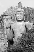 The Aukana Buddha Statue.