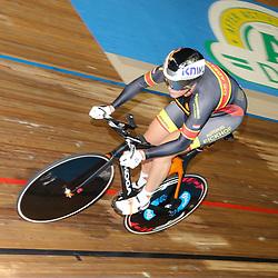 27-12-2014: Wielrennen: NK Baanwielrennen: Apeldoorn Elis Ligtlee pakt de titel op de 500 meter bij de vrouwen