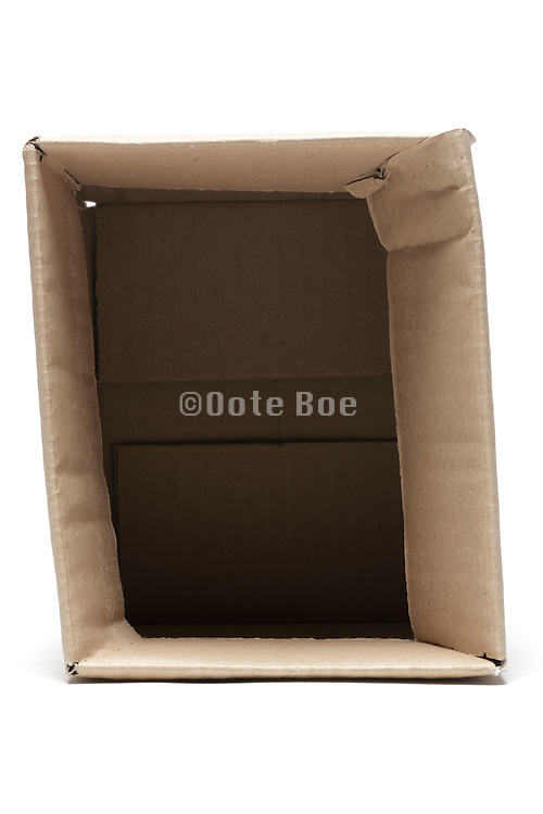 open corrugated carton box