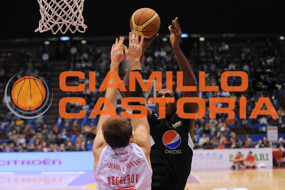 DESCRIZIONE : Milano Lega A 2010-11 Armani Jeans Milano Pepsi Caserta<br /> GIOCATORE : Eric Williams<br /> SQUADRA : Pepsi Caserta<br /> EVENTO : Campionato Lega A 2010-2011<br /> GARA : Armani Jeans Milano Pepsi Caserta<br /> DATA : 05/01/2011<br /> CATEGORIA : Tiro<br /> SPORT : Pallacanestro<br /> AUTORE : Agenzia Ciamillo-Castoria/A.Dealberto<br /> Galleria : Lega Basket A 2010-2011<br /> Fotonotizia : Milano Lega A 2010-11Armani Jeans Milano Pepsi Caserta<br /> Predefinita :