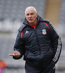 Newcastle, England - Saturday, March 10, 2007: Liverpool's Academy Director Steve Heighway urges his side on against Newcastle United during the FA Youth Cup Semi Final 1st Leg at St James' Park. (Pic by David Rawcliffe/Propaganda)