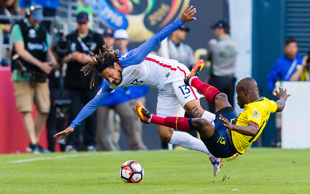 16 June 2016: USA midfielder Jermaine Jones (13) battles for a loose ball against Ecuador's Enner Valencia (13) at the Copa America Centenario quarterfinal match between the United States and Ecuador played at CenturyLink Field in Seattle, WA. (Christopher Mast/Icon Sportswire)