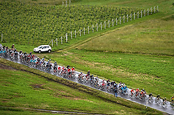 26.05.2019, Ivrea, Como, ITA, Giro d Italia 2019, 15. Etappe, Ivrea - Como (237 km), im Bild il gruppo maglia rosa // the group of pink jersey during stage 15 of the 102nd Giro d'Italia cycling race from Ivrea to Como (237 km) Ivrea in Como, Italy on 2019/05/26. EXPA Pictures © 2019, PhotoCredit: EXPA/ laPresse/ Massimo Paolone<br /> <br /> *****ATTENTION - for AUT, SUI, CRO, SLO only*****
