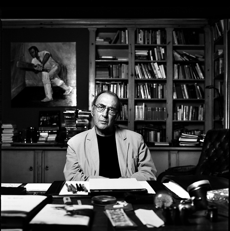 UK. London. Playwright Harold Pinter who died on Christmas Day 2008 aged 78. Photograph shows Harold Pinter in his writing studio in West London the year before his death.