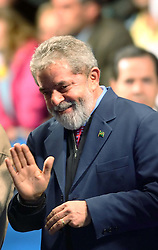 O presidente brasileiro, Luiz Inácio Lula da Silva, candidato pelo PT (Patido dos Trabalhadores) durante comicio no Largo Glenio Peres, em Porto Alegre, nesta segunda-feira 25 de setembro de 2006. De acordo com as últimas pesquisas, Lula lidera com 52% das intenções de voto contra 36% de Geraldo Alckmin, do PSDB (Partido da Social Democracia Brasileira) a eleição do próximo dia 1 de Outubro. FOTO: Jefferson Bernardes/Preview.com