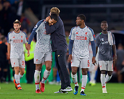 LONDON, ENGLAND - Monday, August 20, 2018: Liverpool's manager Jürgen Klopp celebrates with Virgil van Dijk (L) after the FA Premier League match between Crystal Palace and Liverpool FC at Selhurst Park. Liverpool won 2-0. (Pic by David Rawcliffe/Propaganda)