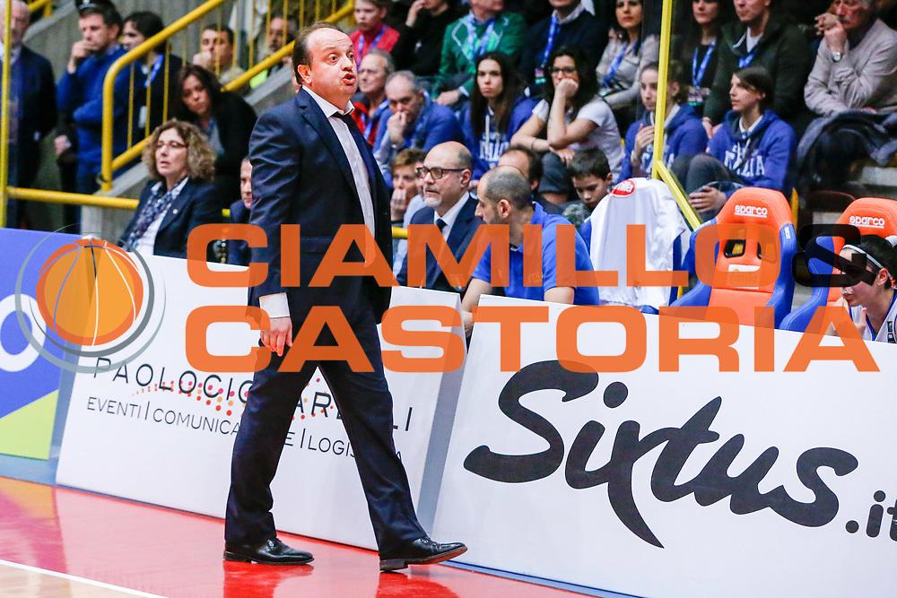 DESCRIZIONE : Schio Nazionale Italia Femminile Qualificazione Europeo Femminile 2017 Italia Montenegro Italy Montenegro<br /> GIOCATORE :&nbsp;Andrea Capobianco<br /> CATEGORIA :&nbsp;Ritratto<br /> SQUADRA : Italia Italy<br /> EVENTO : Qualificazione Europeo Femminile 2017<br /> GARA : Italia Montenegro Italy Montenegro<br /> DATA : 20/02/2016&nbsp;<br /> SPORT : Pallacanestro<br /> AUTORE : Agenzia Ciamillo-Castoria/<br /> Galleria : FIP Nazionali 2016<br /> Fotonotizia : Schio Nazionale Italia Femminile Qualificazione Europeo Femminile 2017 Italia Montenegro Italy Montenegro