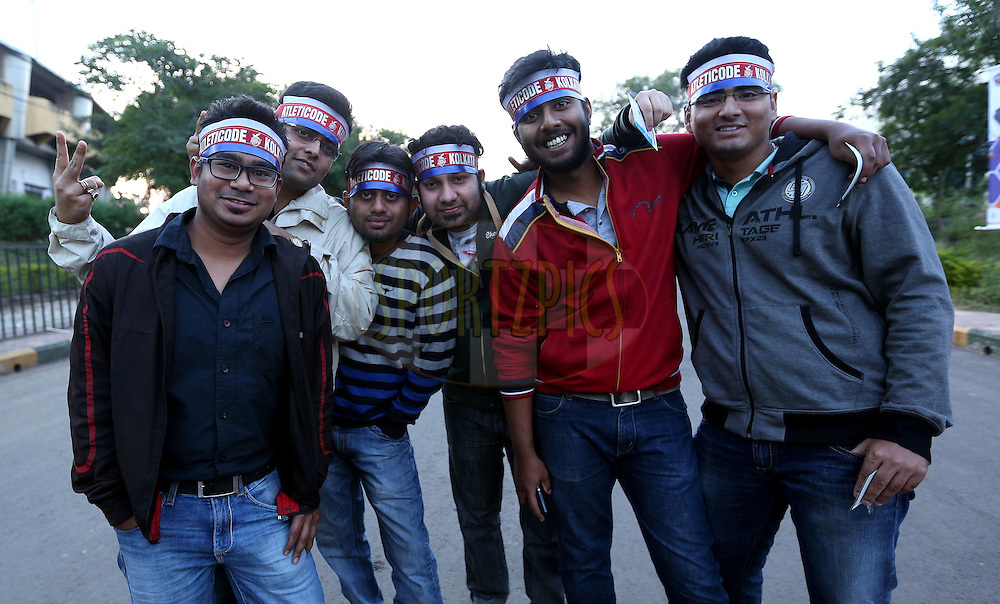 Atl?tico de Kolkata Fans arrive for the match 44 of the Hero Indian Super League between FC Pune City and Atletico de Kolkata FC held at the Shree Shiv Chhatrapati Sports Complex Stadium, Pune, India on the 29th November 2014.<br /> <br /> Photo by:  Sandeep Shetty/ ISL/ SPORTZPICS