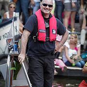 NLD/Amsterdam/20120804 - Canalparade tijdens de Gaypride 2012, beveiliging