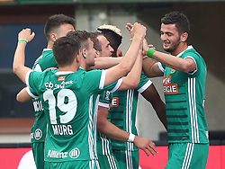 15.04.2018, Ernst Happel Stadion, Wien, AUT, 1. FBL, FK Austria Wien vs SK Rapid Wien, 30. Runde, im Bild Torjubel Rapid mit dem Torschuetzen Giorgi Kvilitaia (SK Rapid Wien) // during Austrian Football Bundesliga Match, 30th Round, between FK Austria Vienna and SK Rapid Wien at the Ernst Happel Stadion, Vienna, Austria on 2018/04/15. EXPA Pictures © 2018, PhotoCredit: EXPA/ Thomas Haumer