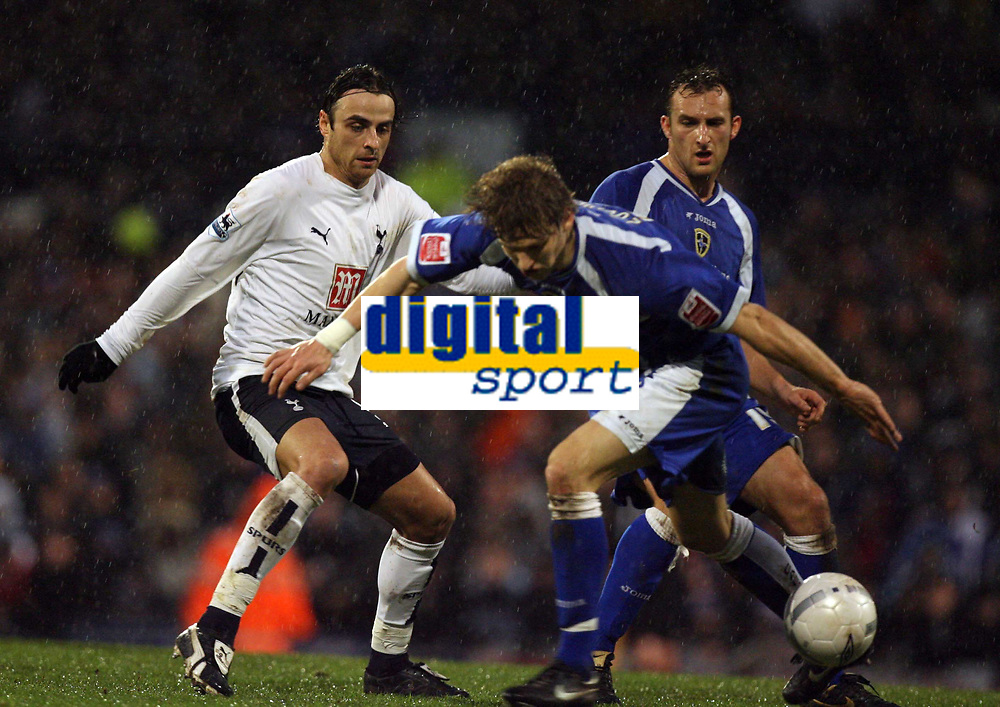 Photo: Rich Eaton.<br /> <br /> Cardiff City v Tottenham Hotspur. The FA Cup. 07/01/2007. Steed Malbranque of Spurs and Glenn Loovens ofCardiff