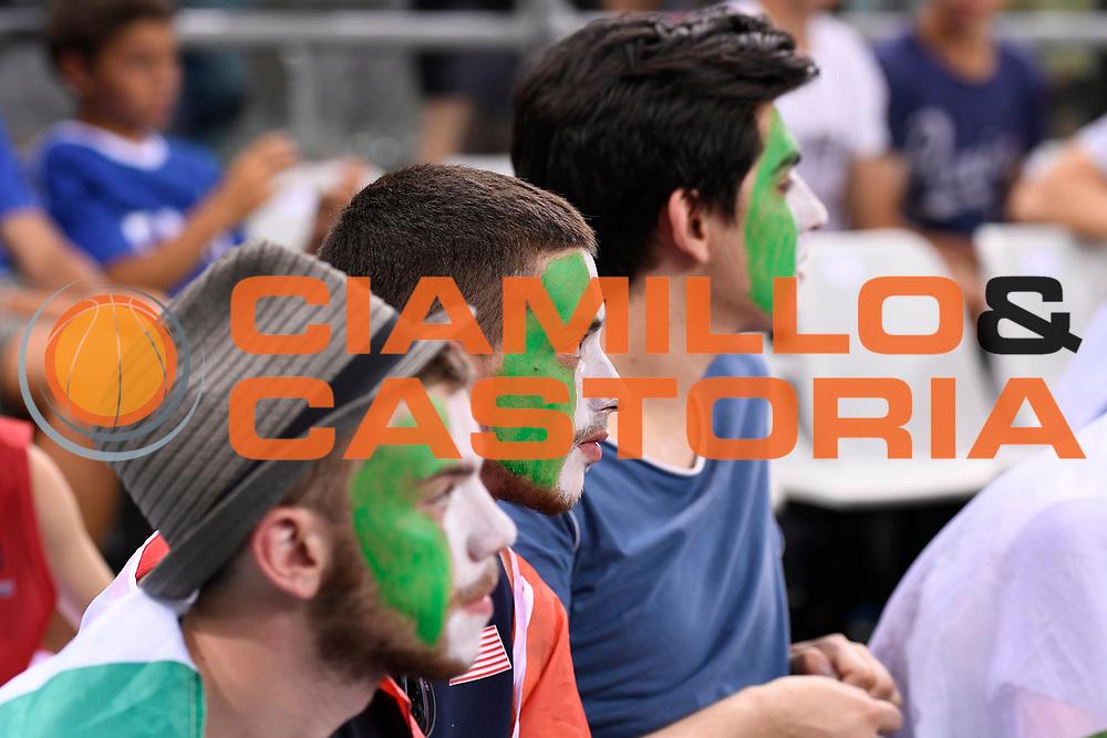 DESCRIZIONE: Torino FIBA Olympic Qualifying Tournament Italia - Tunisia<br /> GIOCATORE: Tifosi<br /> CATEGORIA: Nazionale Italiana Italia Maschile Senior<br /> GARA: FIBA Olympic Qualifying Tournament Italia - Tunisia<br /> DATA: 04/07/2016<br /> AUTORE: Agenzia Ciamillo-Castoria