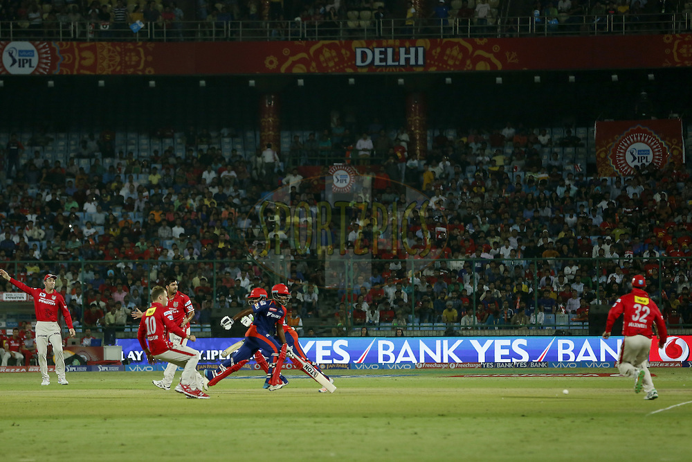 Delhi Daredevils and the Kings XI Punjab players in action during match 7 of the Vivo IPL ( Indian Premier League ) 2016 between the Delhi Daredevils and the Kings XI Punjab held at The Feroz Shah Kotla Ground in Delhi, India,  on the 15th April 2016<br /> <br /> Photo by Deepak Malik / IPL/ SPORTZPICS