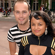 NLD/Amsterdam/20060904 - Perspresentatie undercover Lover, deelnemend stel