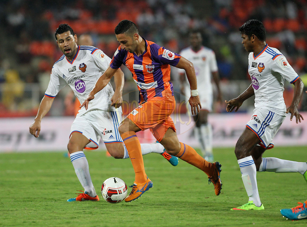 Ivan Bolado Palacios of FC Pune City in action during match 14 of the Hero Indian Super League between FC Pune City and FC Goa held at the Shree Shiv Chhatrapati Sports Complex Stadium, Pune, India on the 26th October 2014.<br /> <br /> Photo by:  Vipin Pawar/ ISL/ SPORTZPICS