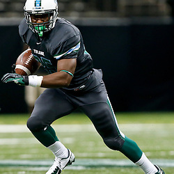 Sep 7, 2013; New Orleans, LA, USA; Tulane Green Wave running back Josh Rounds (25) runs against the South Alabama Jaguars during the second quarter of a game at the Mercedes-Benz Superdome. Mandatory Credit: Derick E. Hingle-USA TODAY Sports