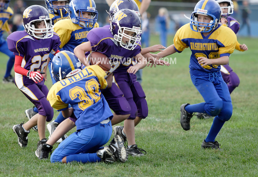 Salisbury Mills, New York - Washingtonville plays Warwick in an Orange County Youth Football League Division I game on Oct. 3, 2010.