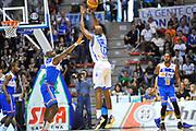 DESCRIZIONE : Campionato 2013/14 Dinamo Banco di Sardegna Sassari - Enel Brindisi<br /> GIOCATORE : Caleb Green<br /> CATEGORIA : Tiro Tre Punti Controcampo<br /> SQUADRA : Dinamo Banco di Sardegna Sassari<br /> EVENTO : LegaBasket Serie A Beko 2013/2014<br /> GARA : Dinamo Banco di Sardegna Sassari - Enel Brindisi<br /> DATA : 11/05/2014<br /> SPORT : Pallacanestro <br /> AUTORE : Agenzia Ciamillo-Castoria / Luigi Canu<br /> Galleria : LegaBasket Serie A Beko 2013/2014<br /> Fotonotizia : Campionato 2013/14 Dinamo Banco di Sardegna Sassari - Enel Brindisi<br /> Predefinita :