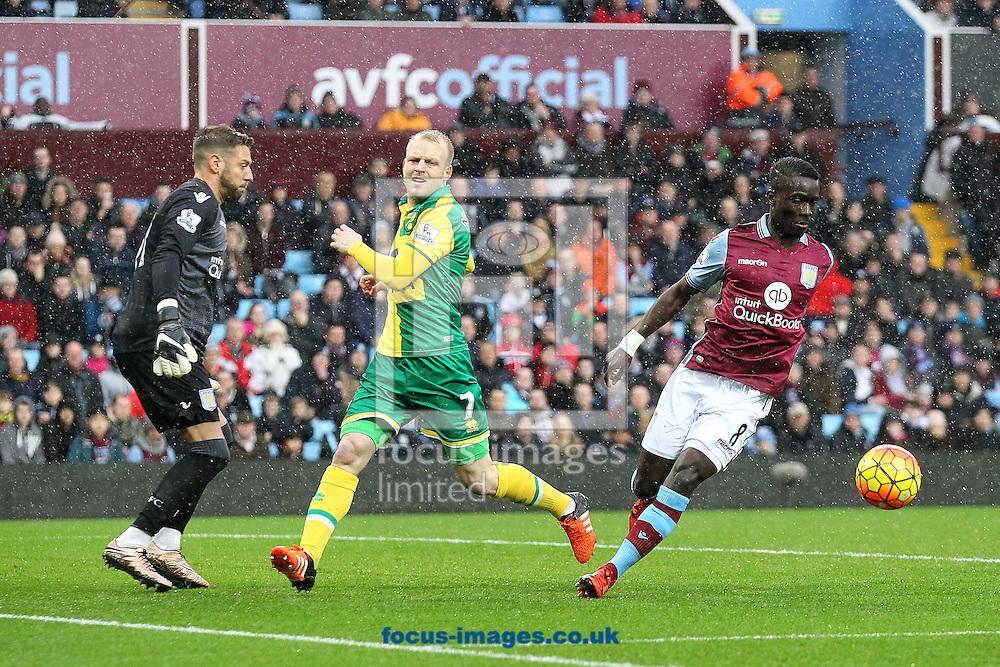 Steven Naismith of Norwich in action during the Barclays Premier League match at Villa Park, Birmingham<br /> Picture by Paul Chesterton/Focus Images Ltd +44 7904 640267<br /> 06/02/2016