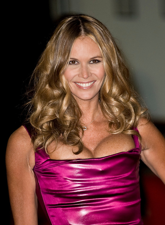 London Oct 29  Elle MacPherson attends the Royal World Premiere Quantum of Solace at Odeon Leicester Square on Oct 29th 2008 in London England..***Licence Fee's Apply To All Image Use***.XianPix Pictures  Agency  tel +44 (0) 845 050 6211 e-mail sales@xianpix.com www.xianpix.com