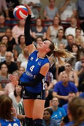 20180509 NED: Eredivisie Coolen Alterno - Sliedrecht Sport, Apeldoorn<br />Lea van Rooijen (4) of Sliedrecht Sport <br />©2018-FotoHoogendoorn.nl