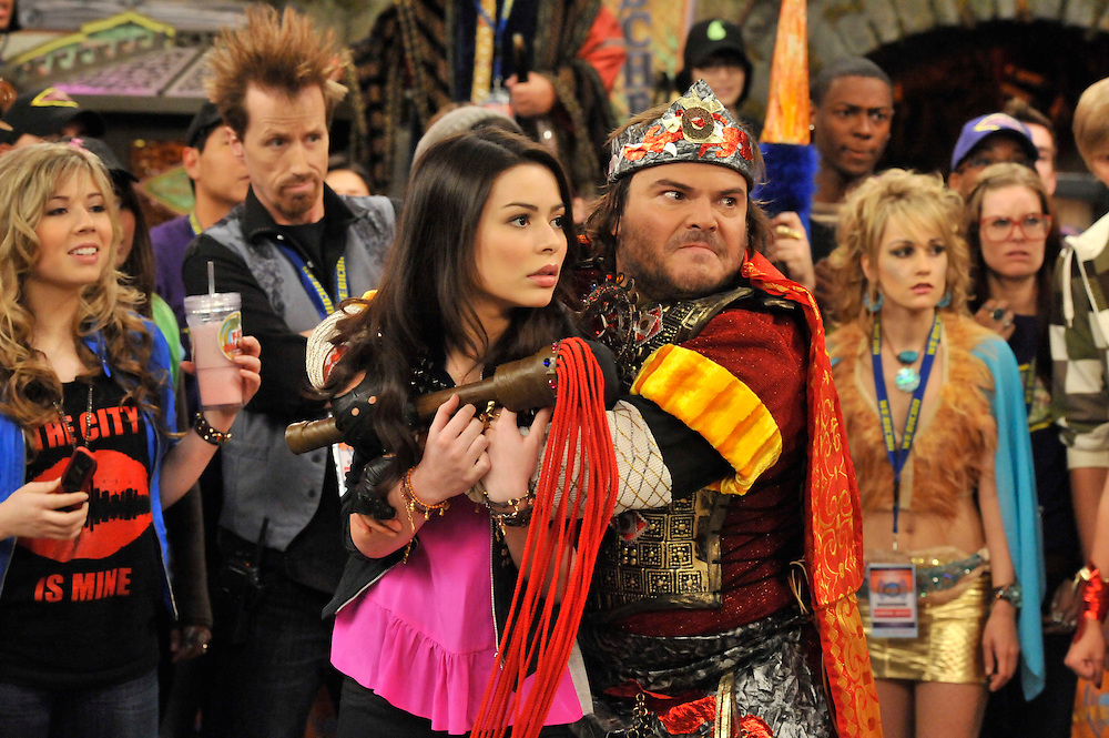 Jack Black, Miranda Cosgrove in iCarly