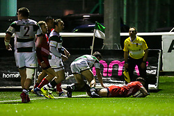 Tusi Pisi (capt) of Bristol Rugby scores a try - Rogan/JMP - 10/02/2018 - RUGBY UNION - Trailfinders Sports Ground - Ealing Trailfinders v Bristol Rugby - Greene King IPA Championship.
