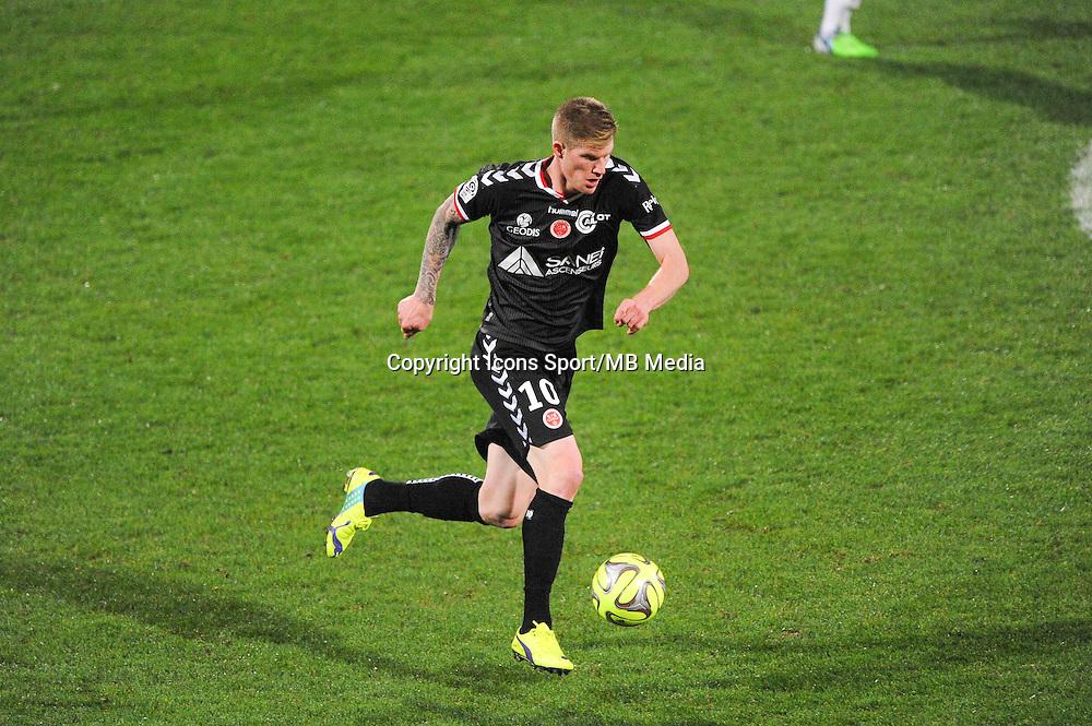 Gaetan CHARBONNIER  - 04.12.2014 - Lyon / Reims - 16eme journee de Ligue 1  <br /> Photo : Jean Paul Thomas / Icon Sport