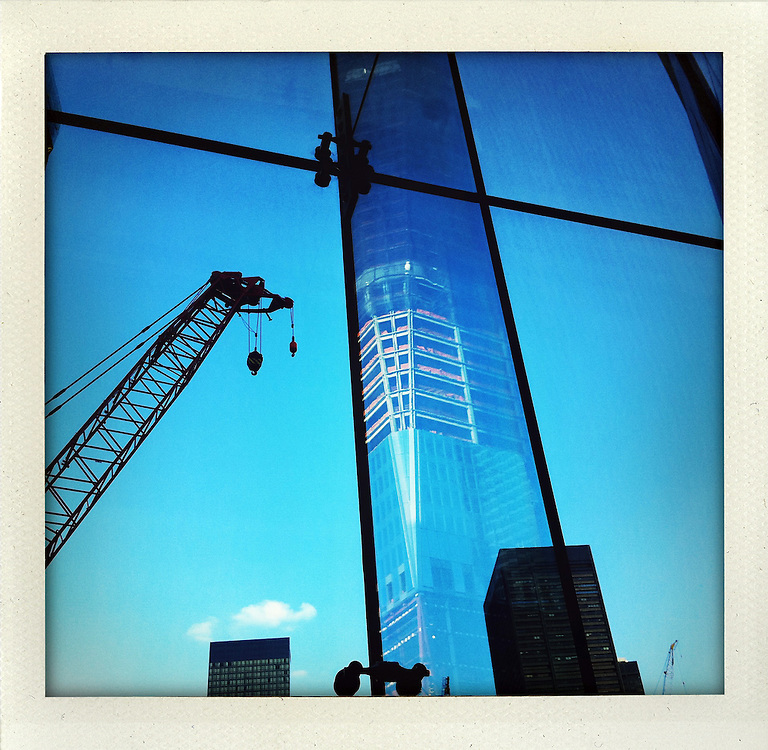 photo shot with iPhone 4 in  New York City ..Photo © Stefan Falke (developed with app: shakeitphoto).