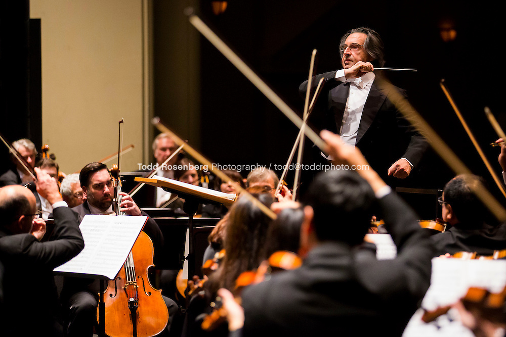 10/30/15 7:41:35 PM -- 2015 Fall U.S. Tour.<br /> <br /> Maestro Riccardo Muti conducts BEETHOVEN: Symphony No. 5 in C Minor <br /> <br /> <br /> . &copy; Todd Rosenberg Photography 2015