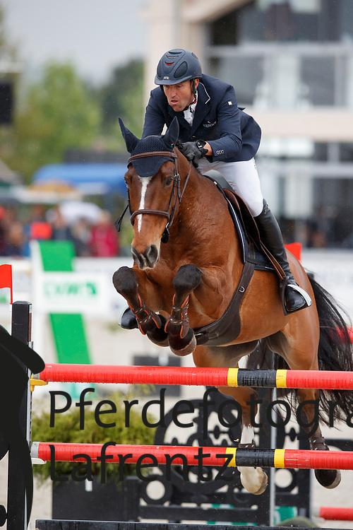MONETA Luca Maria (ITA), Neptune Brecourt<br /> Hagen - Horses and Dreams meets the Royal Kingdom of Jordan 2018<br /> Finale Mittlere Tour<br /> 29. April 2018<br /> www.sportfotos-lafrentz.de/Stefan Lafrentz