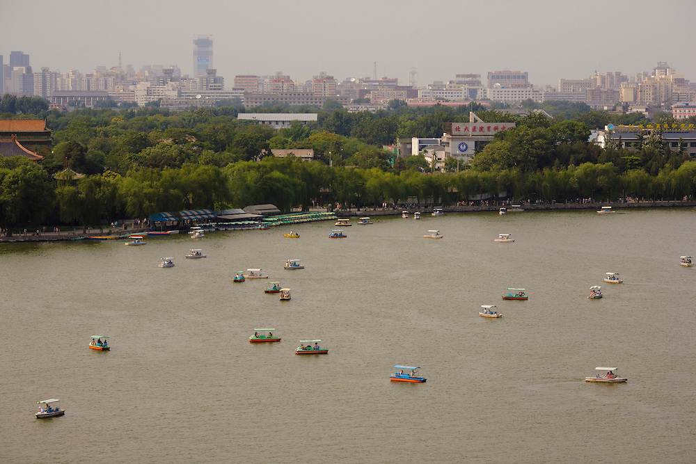 The view of the lake at Behai Park in Beijing.