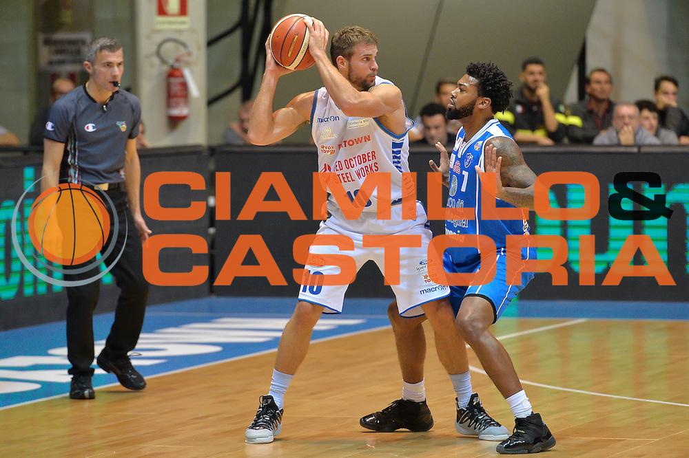 Fran Pilepic <br /> Red October Cantu' vs Banco di Sardegna Sassari<br /> Basket Serie A 2016/2017<br /> Milano 23/10/2016<br /> Foto Ciamillo-Castoria